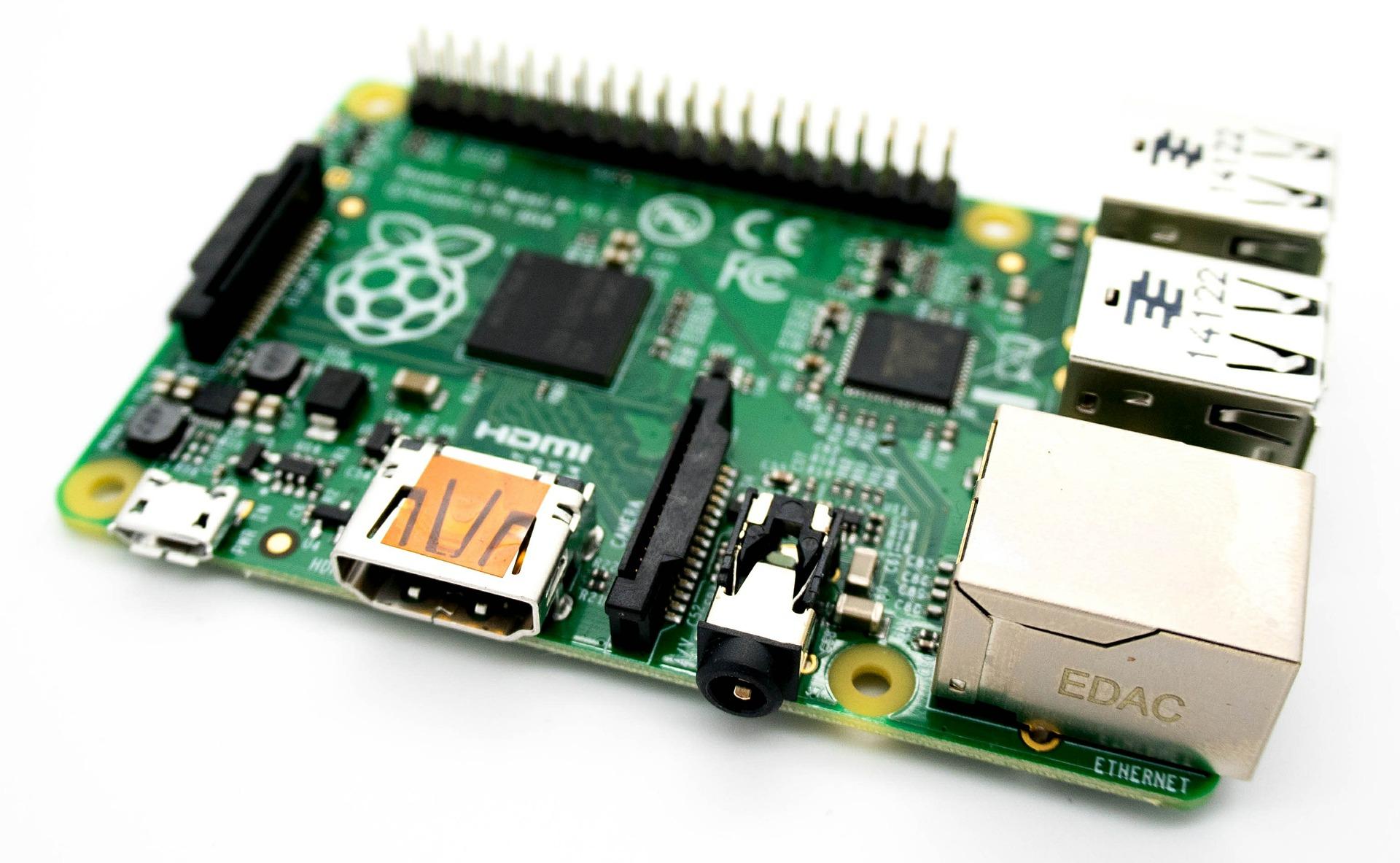 Raspberry Pi はじめました (第4回) – はじめから